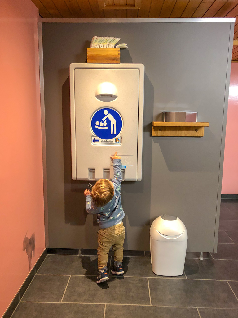 huus hotel gstaad baby friendly