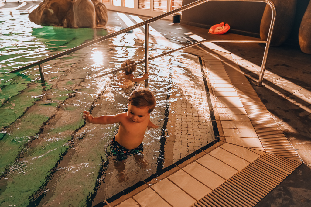 huus hotel gstaad kid friendly